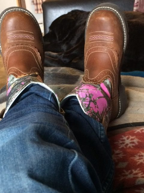 How to look like a cowgirl with pink Ariat Fatbaby boots.