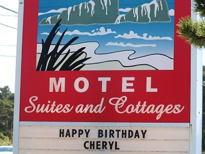 Staying at the Wonderful Ester Lee Motel in Lincoln City Oregon