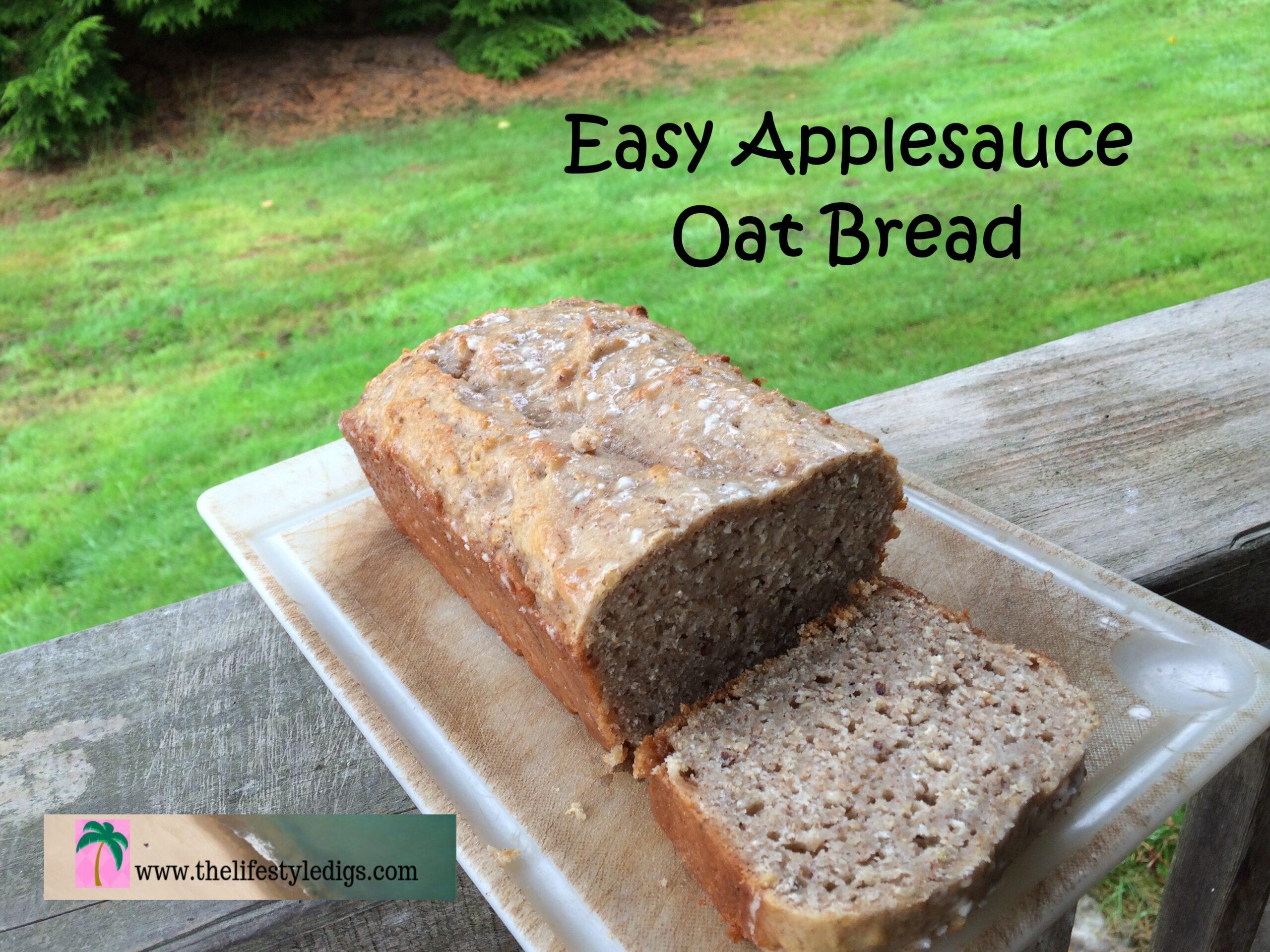 Easy Applesauce Oat Bread